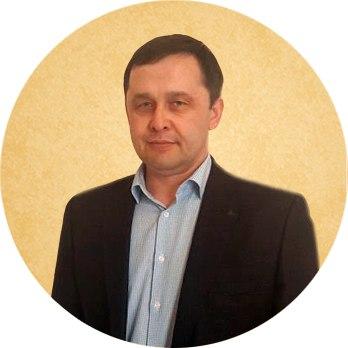 Карачурин Лазиз Анварович.Генеральный директор Врач травматолог-ортопед